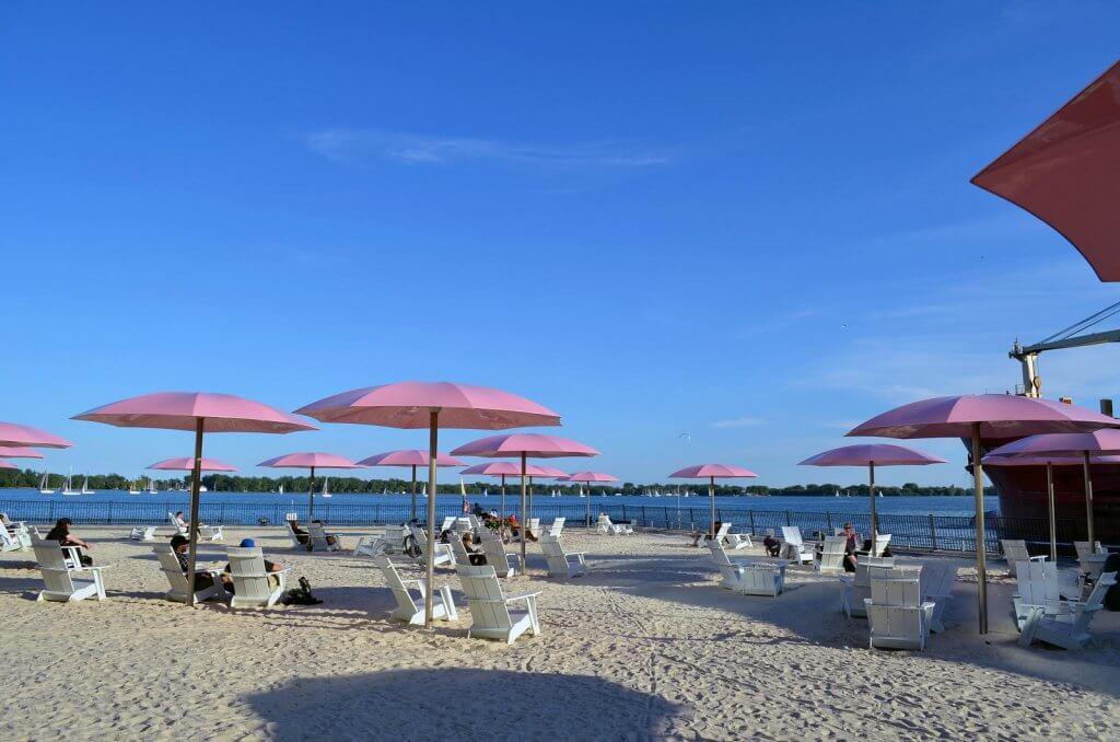 lugares-abandonados-sugar-beach-jason-reibold